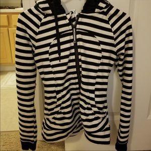 Lululemon Jacket Size 4 Black/White